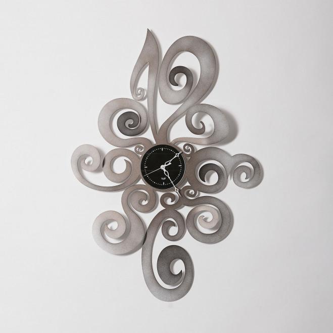 Orologio da muro moderno in metallo grande
