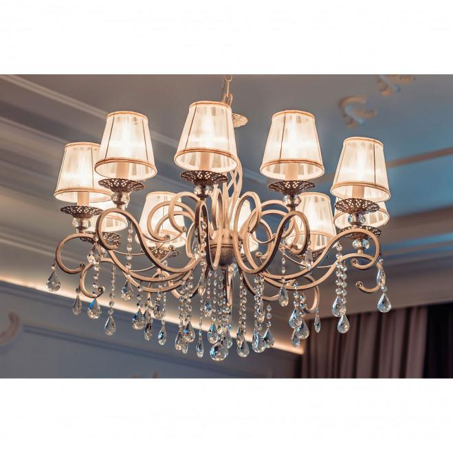 Lampadario classico in metallo a dieci braccia con pendenti in cristallo