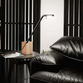 Fabas Luce Lampada da scrivania orientabile moderna a LED dimmerabile in metallo e legno Viktor  Lumen 630 3000k Luce Calda  3385-30