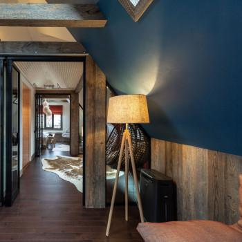 Maytoni Lampada da Terra in stile moderno con base in legno e diffusore in tessuto Calvin Ceiling Marrone