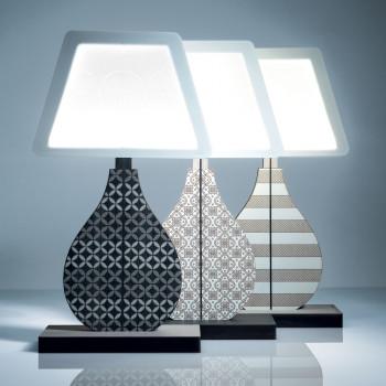 Ves Design Lampada da tavolo moderna in legno con lampadina a LED KLIN   4000k Luce Naturale  K06L