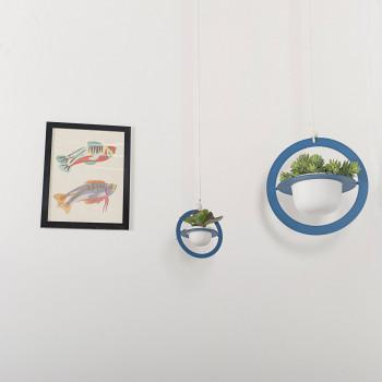 """Formae Vaso piccolo in ceramica con portavaso a sospensione in acciaio """"Saturno""""      SATUSU"""