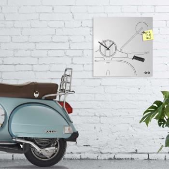 """Design Object Orologio da parete design moderno con lavagna magnetica e accessori per foto """"SCOOTER""""      IT6632"""