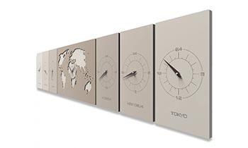Orologio a pendolo da parete di design classico e moderno