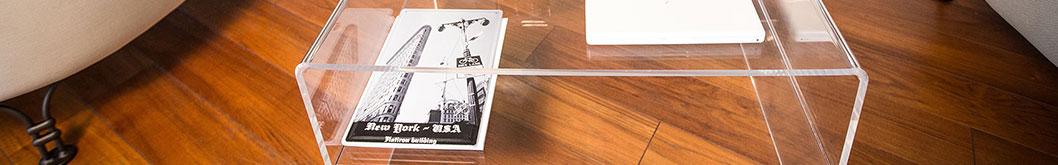Tavolini da salotto in plexiglass